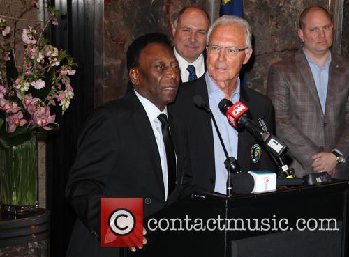 Pelé and Franz Beckenbauer 4