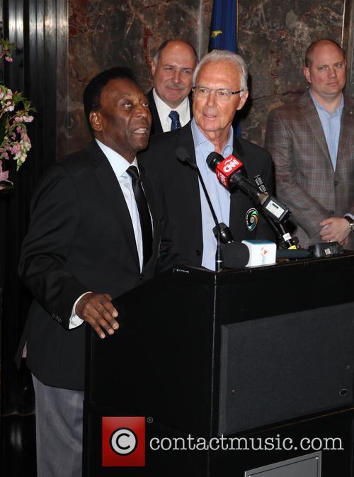 Pelé and Franz Beckenbauer 5