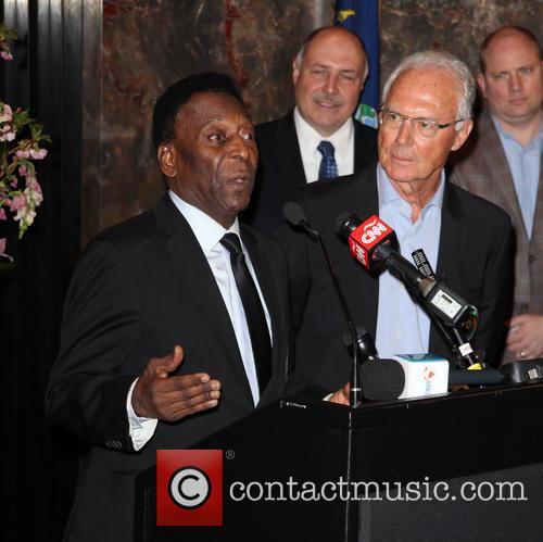Pelé and Franz Beckenbauer 7