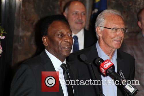 Pelé and Franz Beckenbauer 8