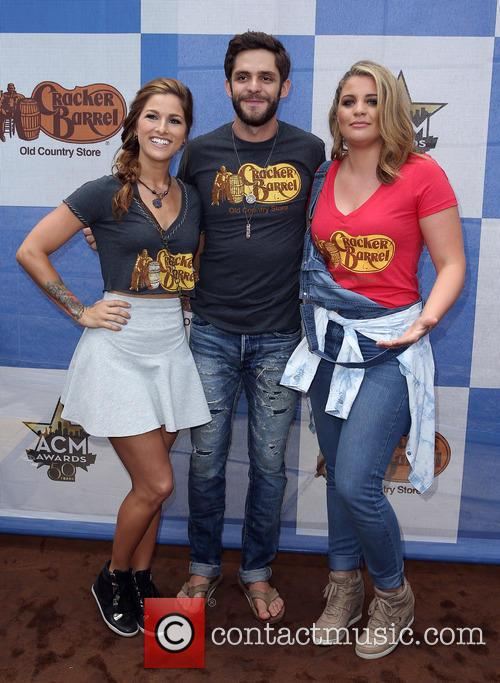Cassadee Pope, Thomas Rhett and Lauren Alaina 3