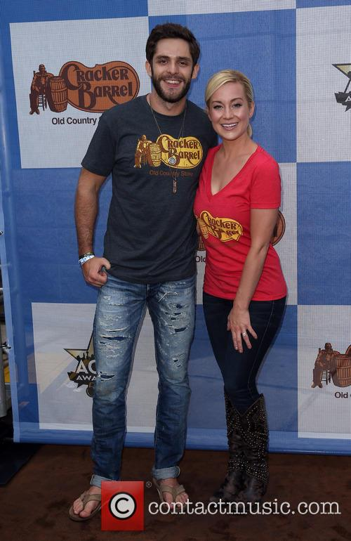 Thomas Rhett and Kellie Pickler 7