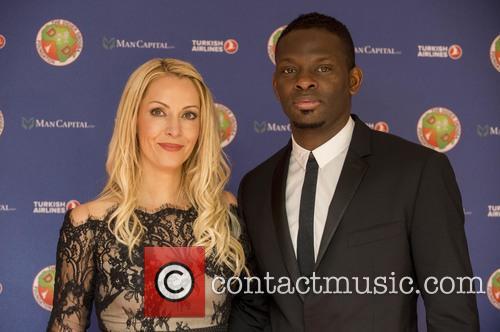 Didier Drogba, Louis Saha and Aurélie Saha 3