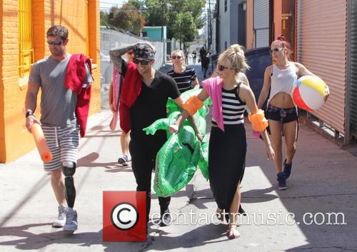 Noah Galloway, Nastia Liukin, Mark Ballas, Willow Shields and Sharna Burgess 1