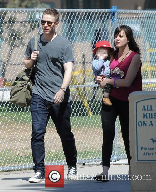 Josh Dallas spends quality time with his son...