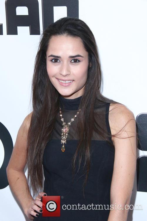Stephanie Nogueras 2