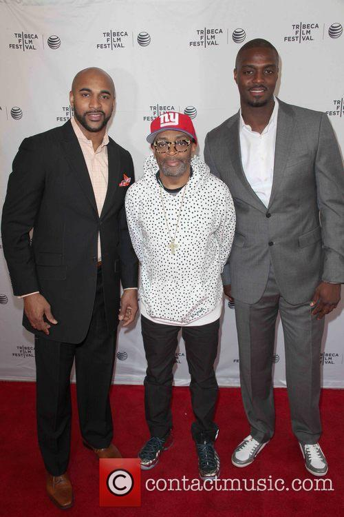David Tyree, Spike Lee and Plaxico Burress 4