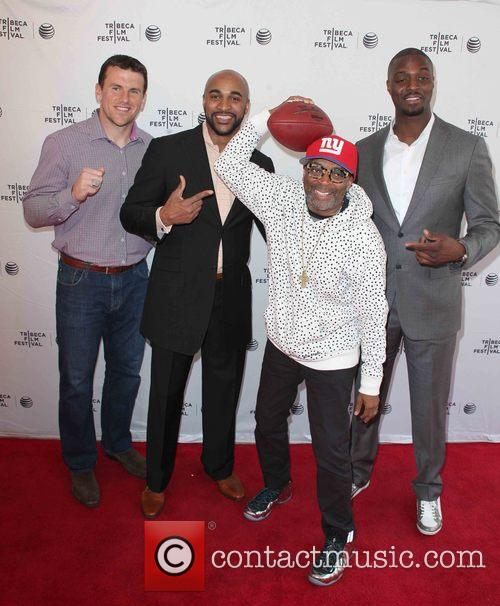 (l-r) Chris Snee, David Tyree, Spike Lee and Plaxico Burress 2