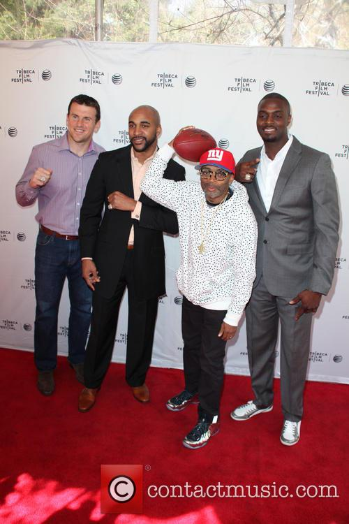 (l-r) Chris Snee, David Tyree, Spike Lee and Plaxico Burress 4