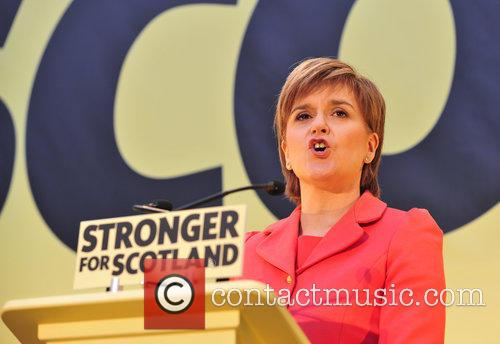 Atmosphere and Nicola Sturgeon 8