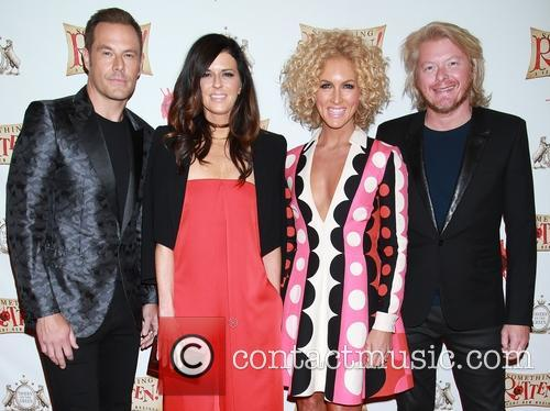 Jimi Westbrook, Karen Fairchild, Kimberly Schlapman, Phillip Sweet and Little Big Town 2