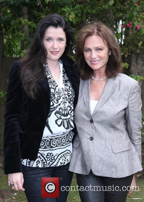 Marie Mouté and Jacqueline Bissett 4