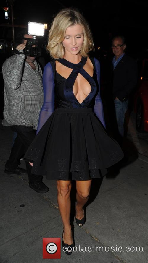 Joanna Krupa has dinner at Craig's