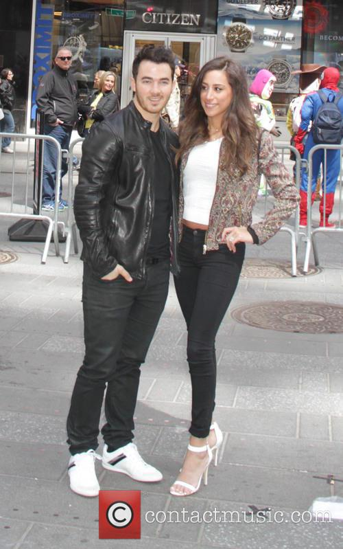 Kevin Jonas and Danielle Jonas 6