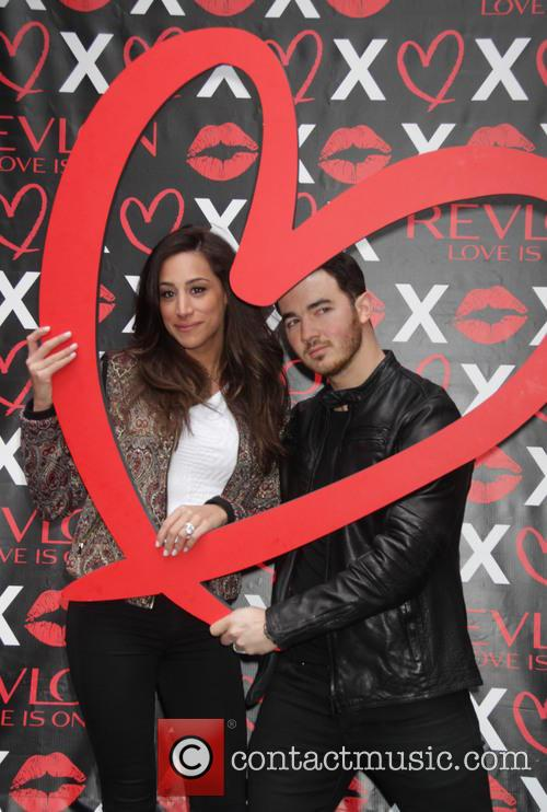 Kevin Jonas and Danielle Jonas 10