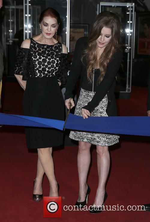 Priscilla Presley and Lisa Marie Presley 2
