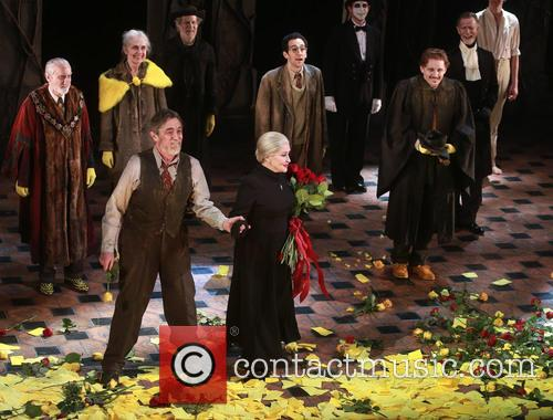 Roger Rees, Chita Rivera and Cast 3
