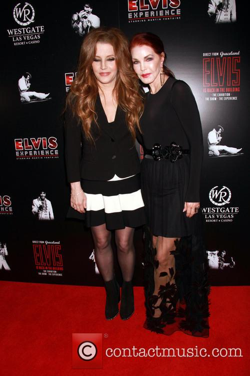 Lisa Marie Presley and Prisilla Presley 4