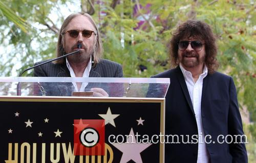 Tom Petty and Jeff Lynne 9