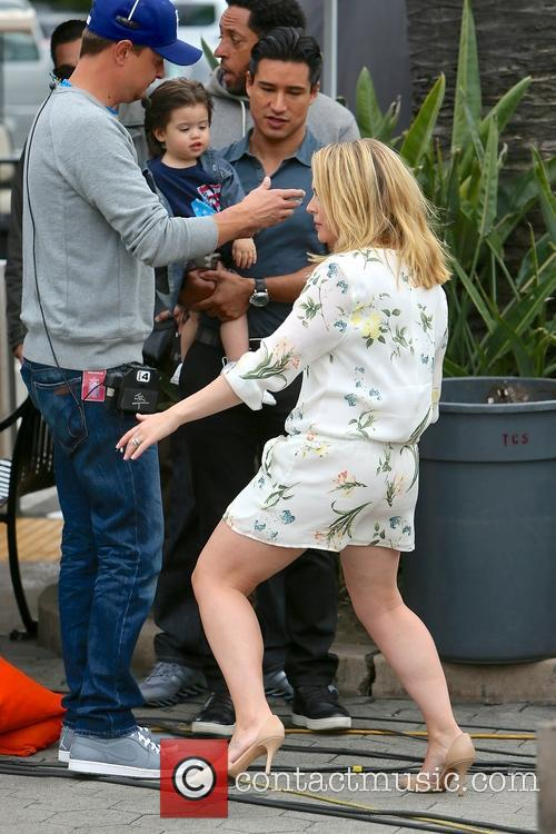 Mario Lopez, Dominic Lopez and Melissa Joan Hart 9