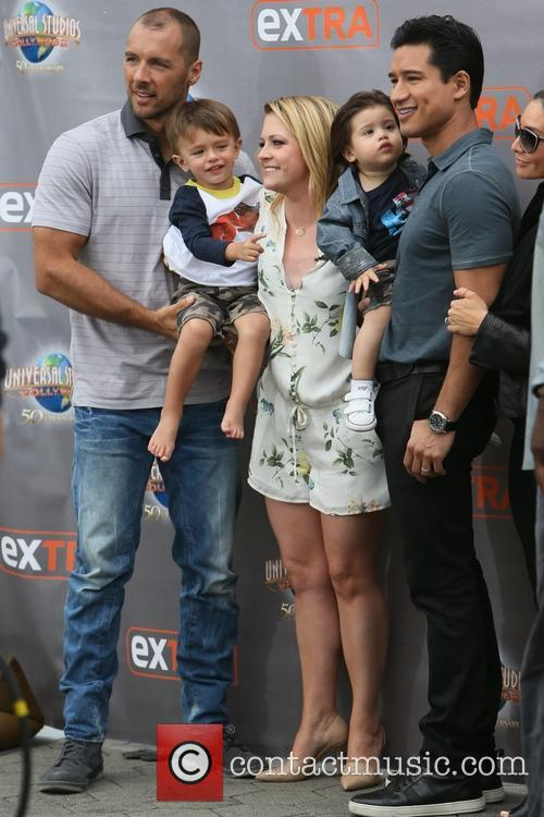 Mark Wilkerson, Melissa Joan Hart, Tucker Wilkerson, Dominic Lopez, Mario Lopez and Courtney Mazza 5