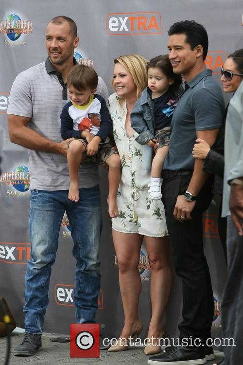Mark Wilkerson, Melissa Joan Hart, Tucker Wilkerson, Dominic Lopez, Mario Lopez and Courtney Mazza 6