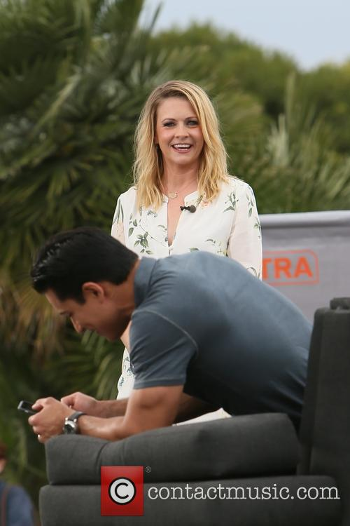 Melissa Joan Heart and Mario Lopez 1