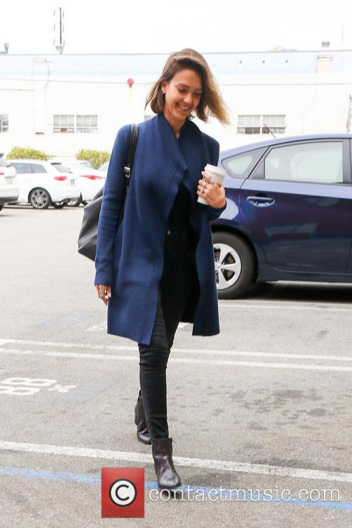 Jessica Alba heading to an office