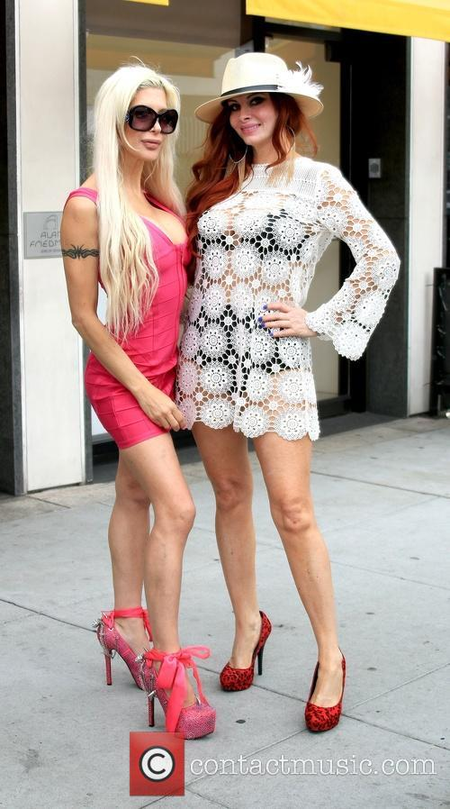 Frenchy Morgan and Phoebe Price 4