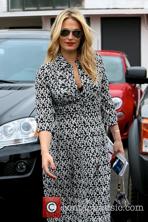 Molly Sims spotted leaving Mêche salon in Beverly...