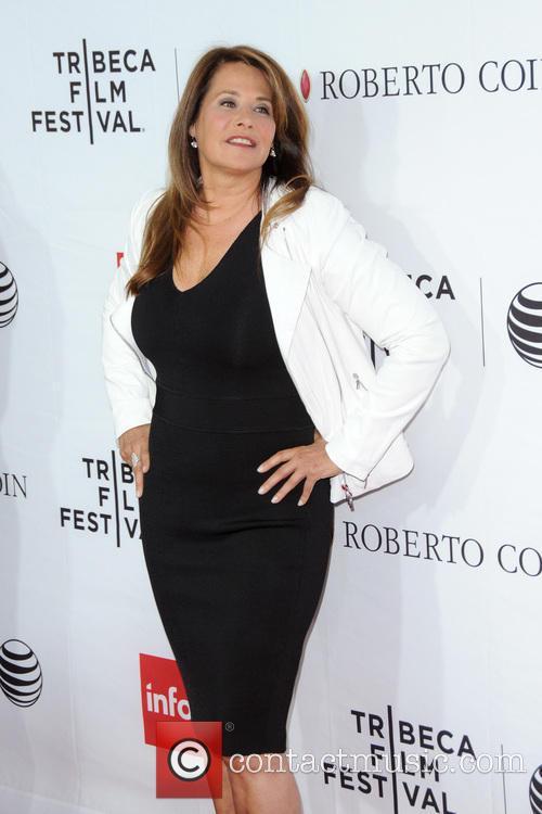Lorraine Bracco 2