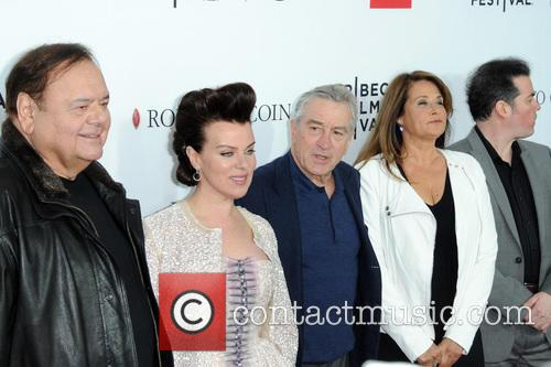 Paul Sorvino, Debi Mazar, Robert De Niro, Lorraine Bracco and Kevin Corrigan 5