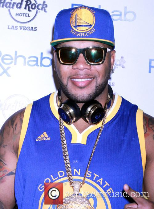 Flo Rida kicks off Rehab Pool