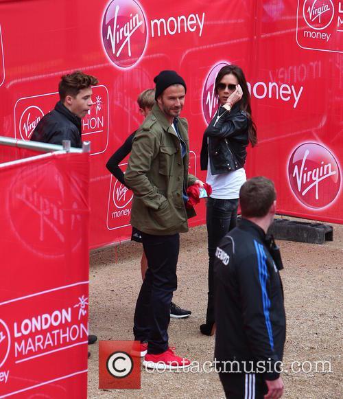 David Beckham, Brooklyn Beckham, Victoria Beckham, Cruz Beckham and Romeo Beckham 8