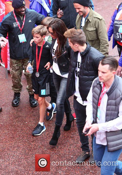 David Beckham, Brooklyn Beckham, Victoria Beckham, Cruz Beckham and Romeo Beckham 10
