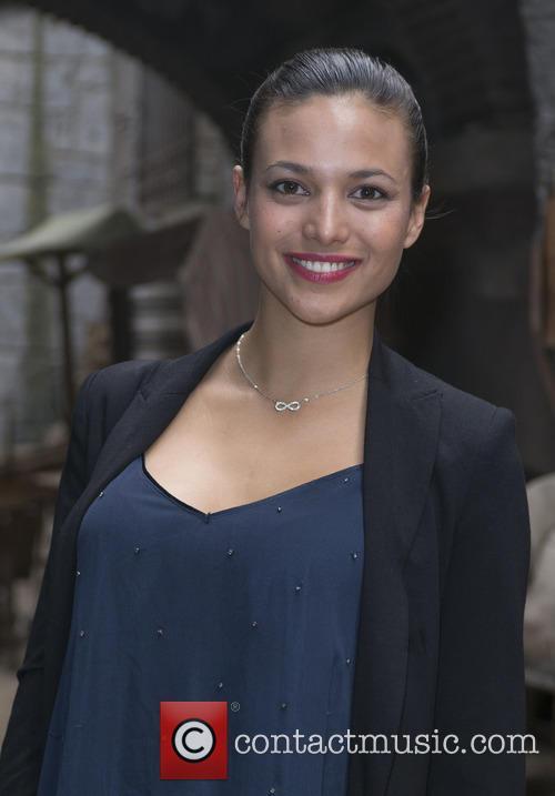 Elisa Mouliaa 8