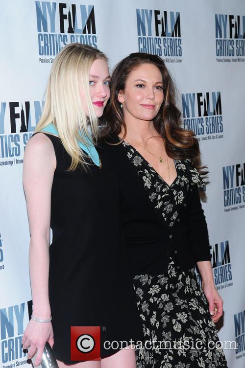 Dakota Fanning and Diane Lane 5