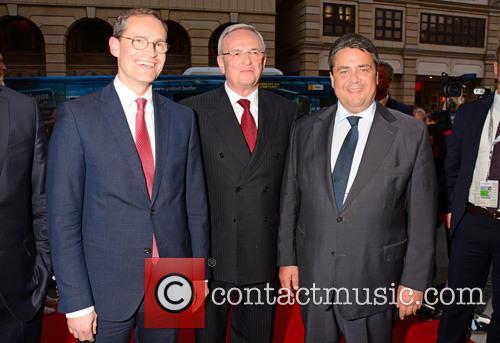 Michael Mueller, Martin Winterkorn and Sigmar Gabriel 1