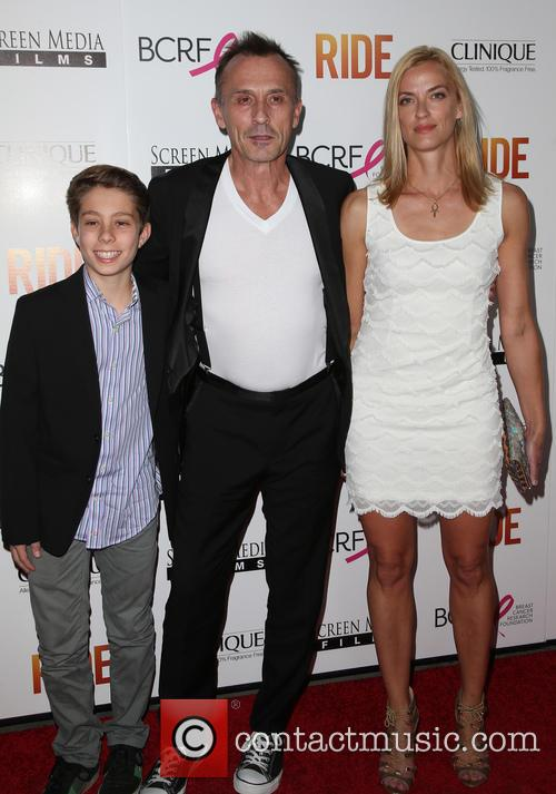 Robert Knepper, Nadine Kary and Benjamin Knepper 8