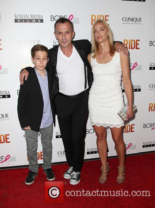 Robert Knepper, Nadine Kary and Benjamin Knepper 9