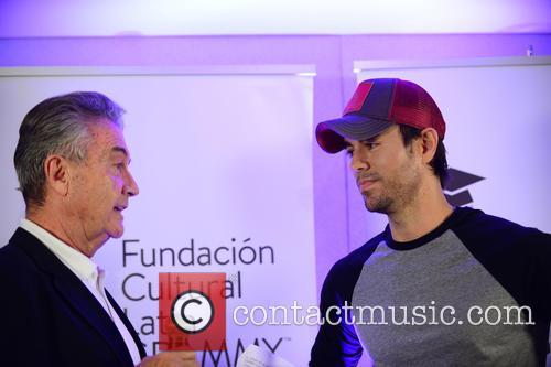 Manolo Diaz and Enrique Iglesias 5