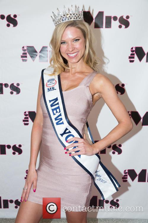 Jenny Mccarthy, Nicole Kulovany and Miss New York 2015 6