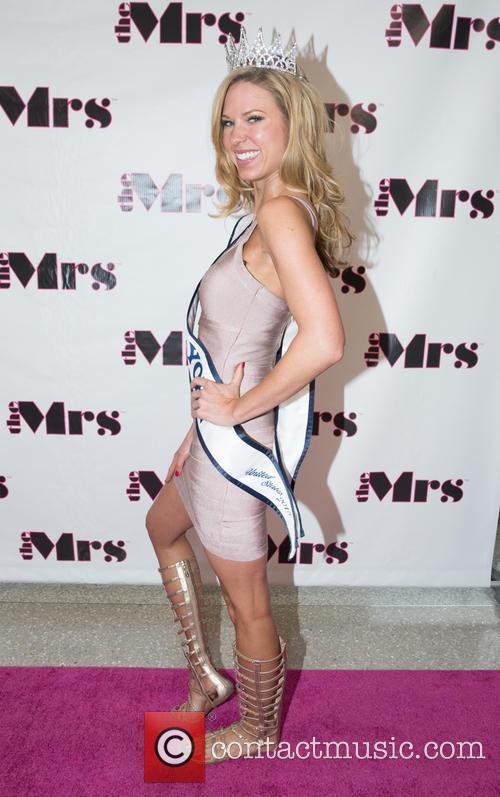 Jenny Mccarthy, Nicole Kulovany and Miss New York 2015 7