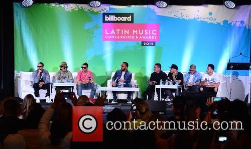 J Alvarez, Plan B, Maldy, Alex Sensation, J Balvin, Nicky Jam, Farruko and Justin Quiles 4