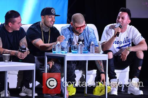 J Balvin, Nicky Jam, Farruko and Justin Quiles 4