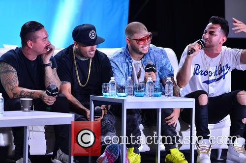J Balvin, Nicky Jam, Farruko and Justin Quiles 5
