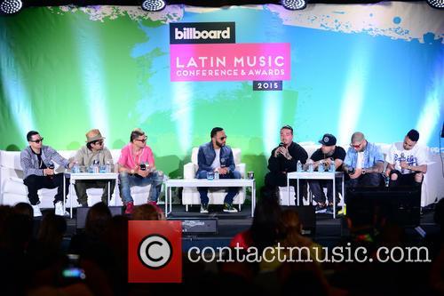 J Alvarez, Plan B, Maldy, Alex Sensation, J Balvin, Nicky Jam, Farruko and Justin Quiles 8
