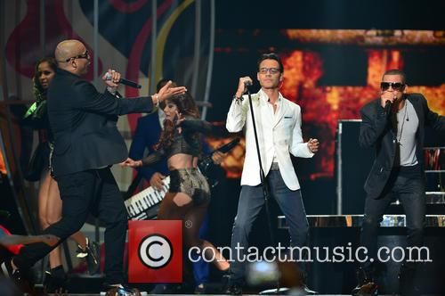 Marc Anthony and Gente De Zona 7