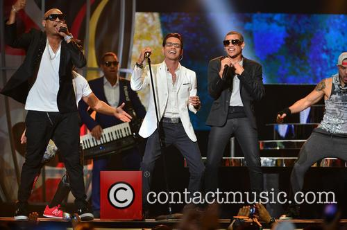 Marc Anthony and Gente De Zona 10