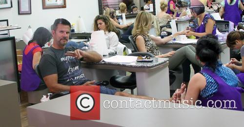 Lorenzo Lamas goes to a nail salon
